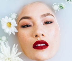 Démaquillant + lotion nettoyante : soin visage