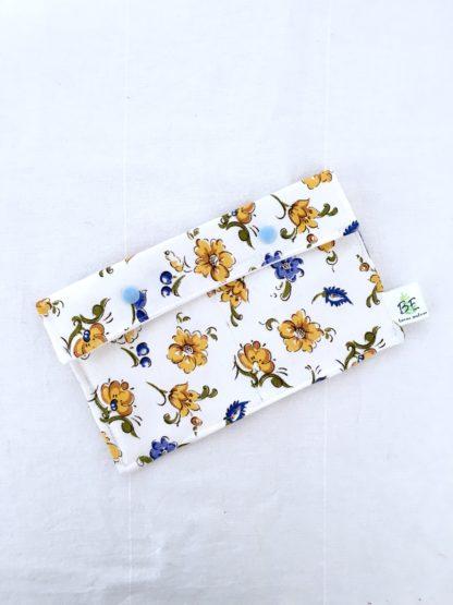Pochette serviettes hygiéniques blanc grosses fleurs