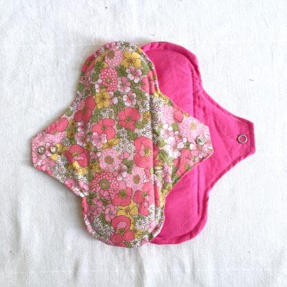 serviettes hygiéniques lavables nuit fleurs roses - lot de 3