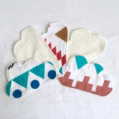 5 Lingettes lavables bébé nuage motifs blancs et bleus