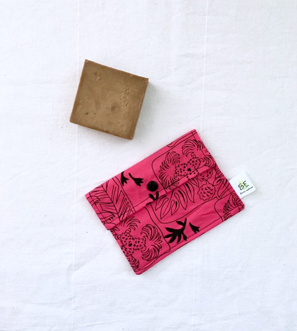 pochette savon et shampoing solide pression - Aztèque rose & noir