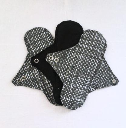 Serviette hygiénique lavable 2 gouttes graphique noir & blanc - lot de 3